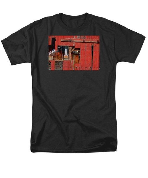 Men's T-Shirt  (Regular Fit) featuring the photograph Sunset Barn by Steve Siri