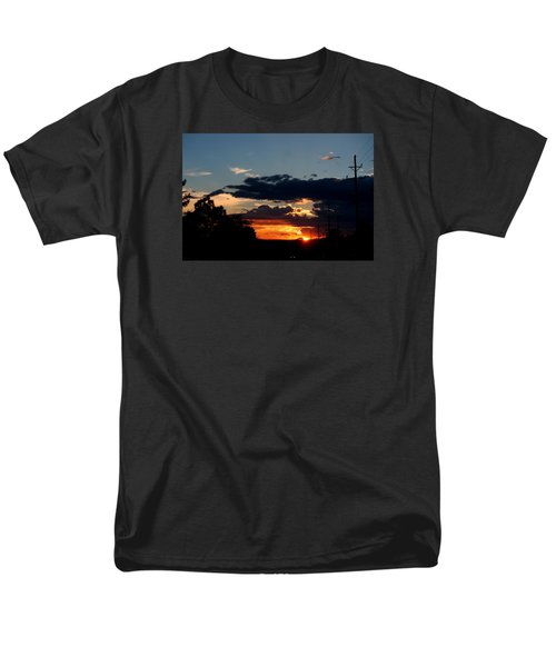 Men's T-Shirt  (Regular Fit) featuring the photograph Sunset In Oil Santa Fe New Mexico by Diana Mary Sharpton