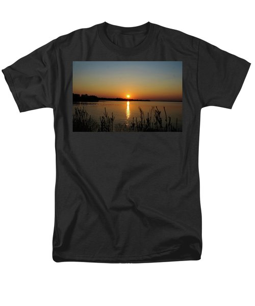 Men's T-Shirt  (Regular Fit) featuring the photograph Sunset Over Lake Norman by B Wayne Mullins