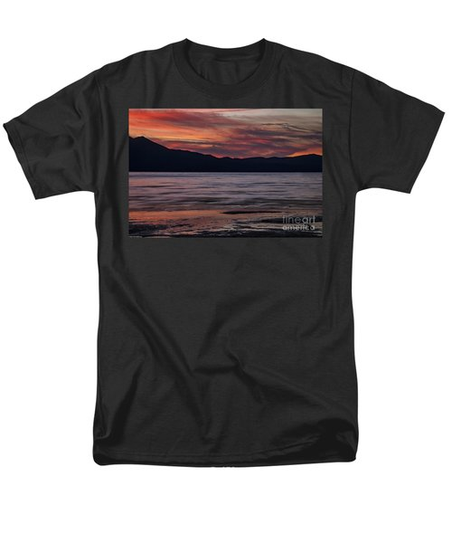 Men's T-Shirt  (Regular Fit) featuring the photograph The Color Of Dusk by Mitch Shindelbower