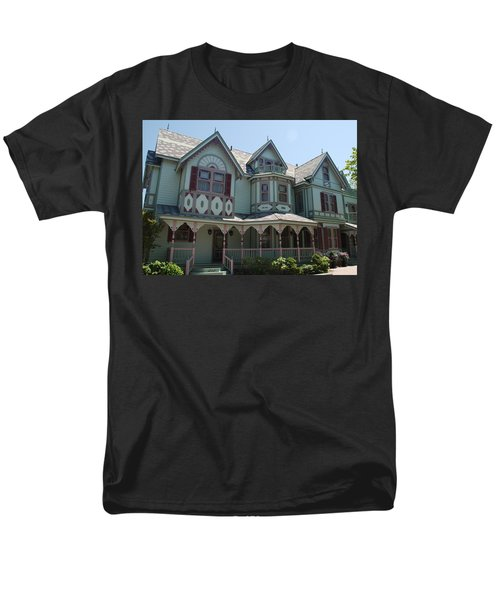 Men's T-Shirt  (Regular Fit) featuring the photograph The Empress by Richard Bryce and Family