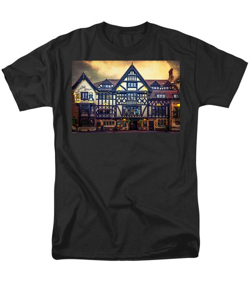 Men's T-Shirt  (Regular Fit) featuring the photograph The King And Queen by Chris Lord