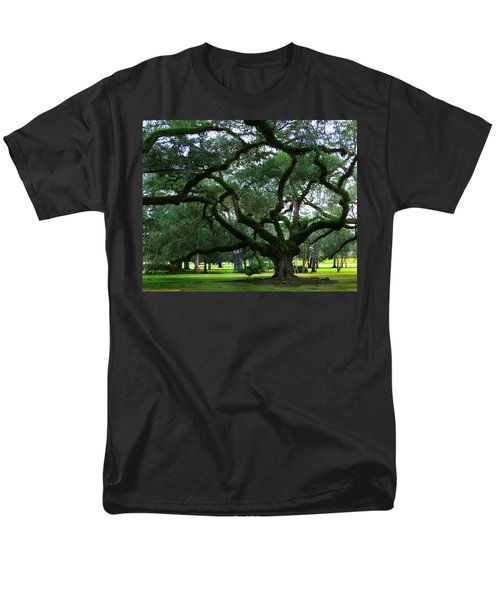 The Old Oak Men's T-Shirt  (Regular Fit) by Perry Webster