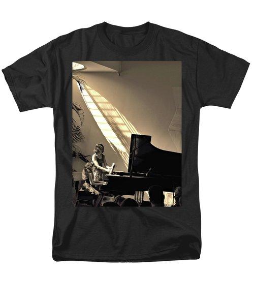 The Pianist Men's T-Shirt  (Regular Fit) by Beto Machado