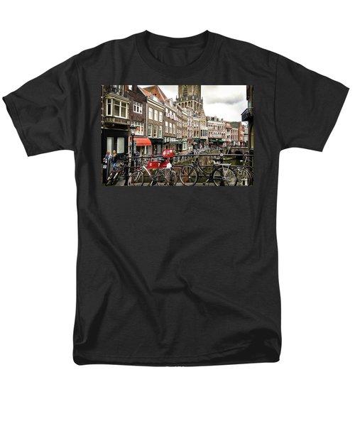 Men's T-Shirt  (Regular Fit) featuring the photograph The Vismarkt In Utrecht by RicardMN Photography