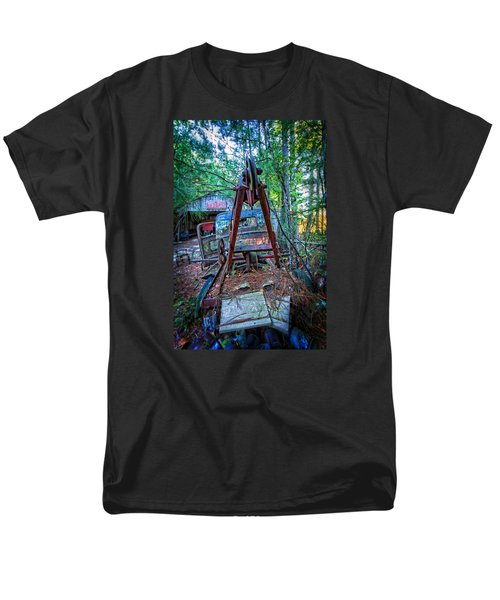 Men's T-Shirt  (Regular Fit) featuring the photograph Tow No More by Alan Raasch