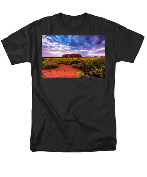 Men's T-Shirt  (Regular Fit) featuring the photograph Uluru by Ulrich Schade
