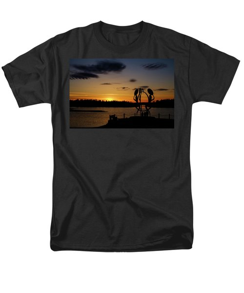 United In Celebration Sculpture At Sunset 6 Men's T-Shirt  (Regular Fit) by John McArthur