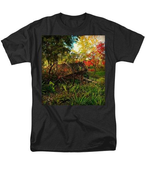 Vintage Hay Rake Men's T-Shirt  (Regular Fit) by Chris Berry