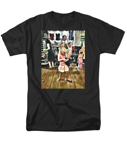 Men's T-Shirt  (Regular Fit) featuring the photograph Vivo by Lanita Williams