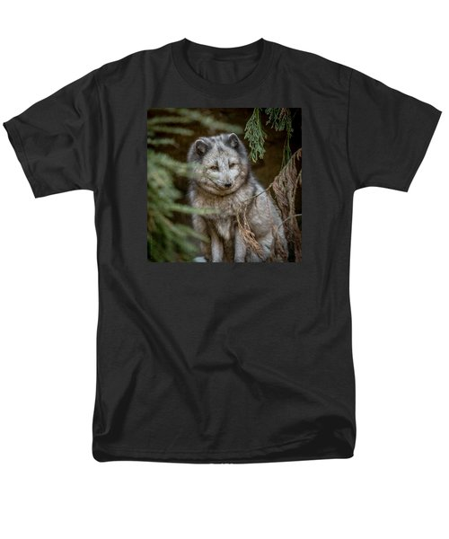 Men's T-Shirt  (Regular Fit) featuring the photograph Waiting For Red by Wade Brooks