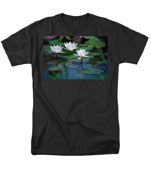 Waterlilys Men's T-Shirt  (Regular Fit) by Robert Meanor