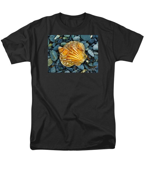 Weathered Scallop Shell Men's T-Shirt  (Regular Fit) by Judi Bagwell