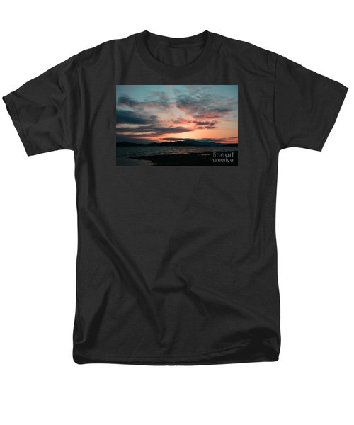 Welcome Beach Sunset 2015 Men's T-Shirt  (Regular Fit) by Elaine Hunter