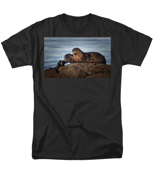 Men's T-Shirt  (Regular Fit) featuring the photograph Whats For Dinner by Randy Hall