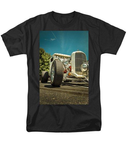 White Rod Men's T-Shirt  (Regular Fit)