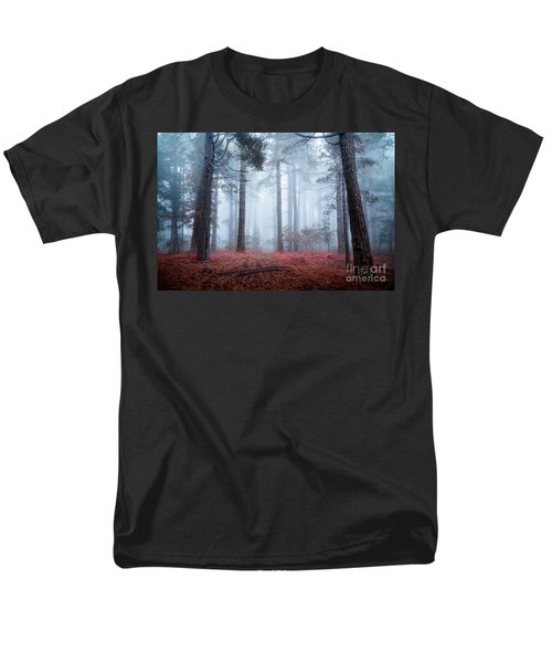Why Is Sting Glowing Blue? Men's T-Shirt  (Regular Fit)