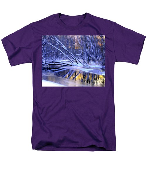 Men's T-Shirt  (Regular Fit) featuring the photograph Falling by Terri Gostola