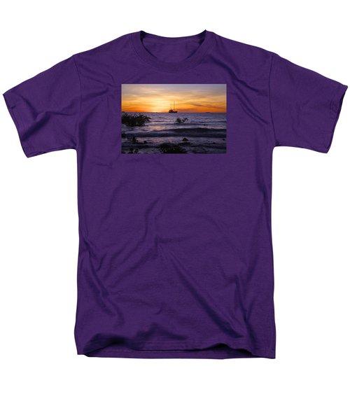 Mindil Beach Sunset Men's T-Shirt  (Regular Fit) by Venetia Featherstone-Witty