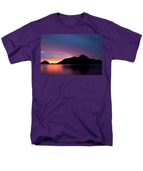 1.1.11  Men's T-Shirt  (Regular Fit)