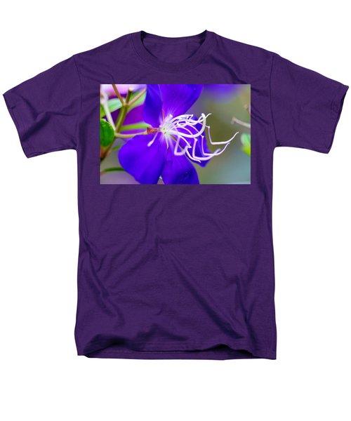 Macro Clematis Men's T-Shirt  (Regular Fit) by Warren Thompson