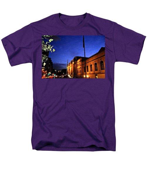 Men's T-Shirt  (Regular Fit) featuring the photograph Metropolitan Museum Of Art Nyc by Vannetta Ferguson