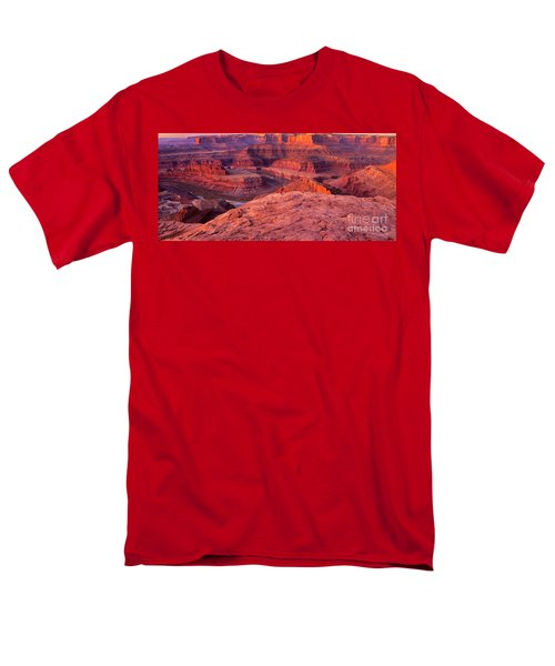 Men's T-Shirt  (Regular Fit) featuring the photograph Panorama Sunrise At Dead Horse Point Utah by Dave Welling