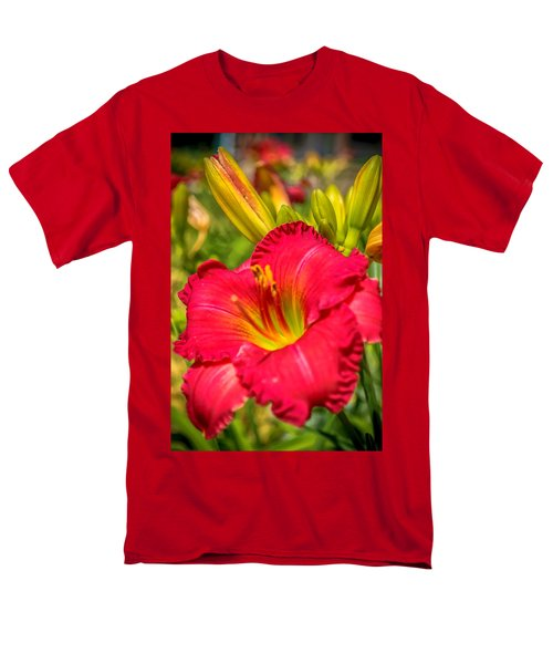 Simple Lily Men's T-Shirt  (Regular Fit) by James  Meyer