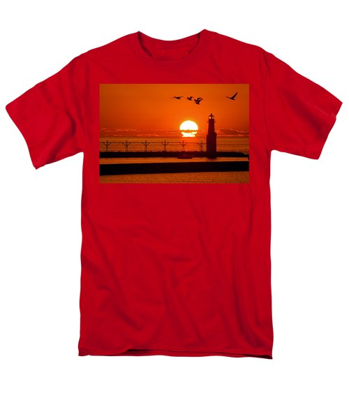 Summer Escape Men's T-Shirt  (Regular Fit)