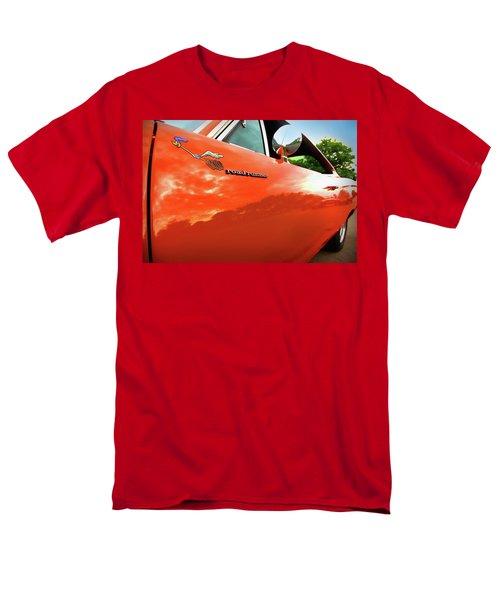 1969 Plymouth Road Runner 440 Roadrunner Men's T-Shirt  (Regular Fit) by Gordon Dean II