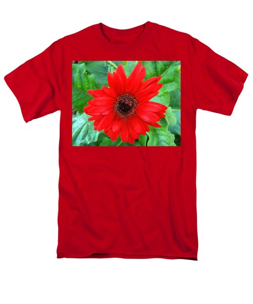 Men's T-Shirt  (Regular Fit) featuring the photograph A True Red by Sandi OReilly