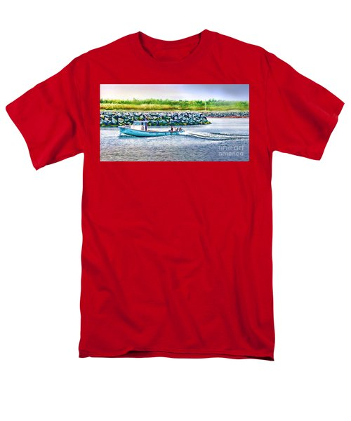 Men's T-Shirt  (Regular Fit) featuring the photograph Lobster Fishing Day's End by Patricia L Davidson