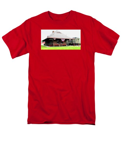 New Oxford Pennsylvania Train Station Men's T-Shirt  (Regular Fit) by Angela Davies