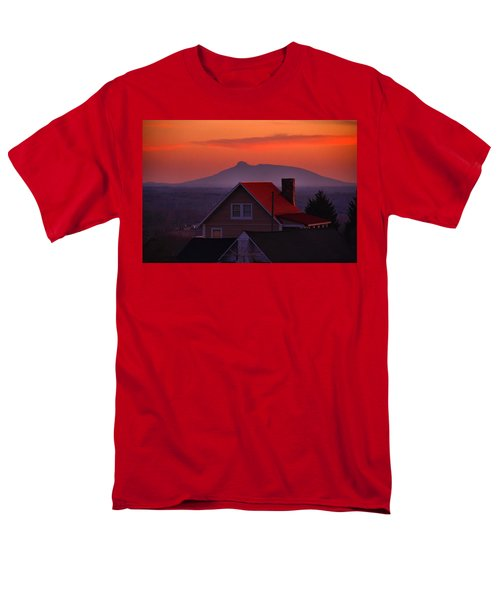 Pilot Sunset Overlook Men's T-Shirt  (Regular Fit)