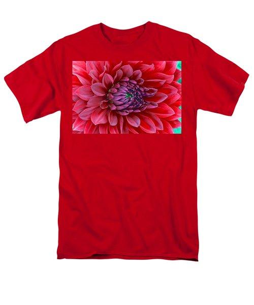 Red Dalia Up Close Men's T-Shirt  (Regular Fit)