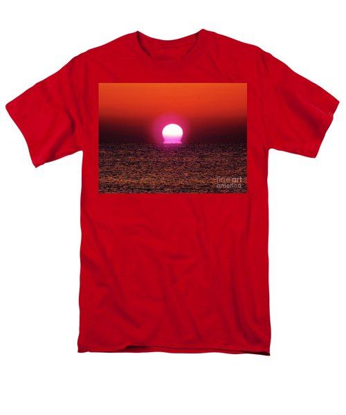 Men's T-Shirt  (Regular Fit) featuring the photograph Sizzling Sunrise by D Hackett