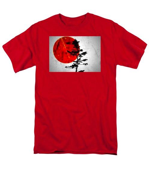 Source  Men's T-Shirt  (Regular Fit) by Mark Ross