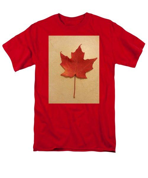 The Maple Leaf Forever Men's T-Shirt  (Regular Fit)