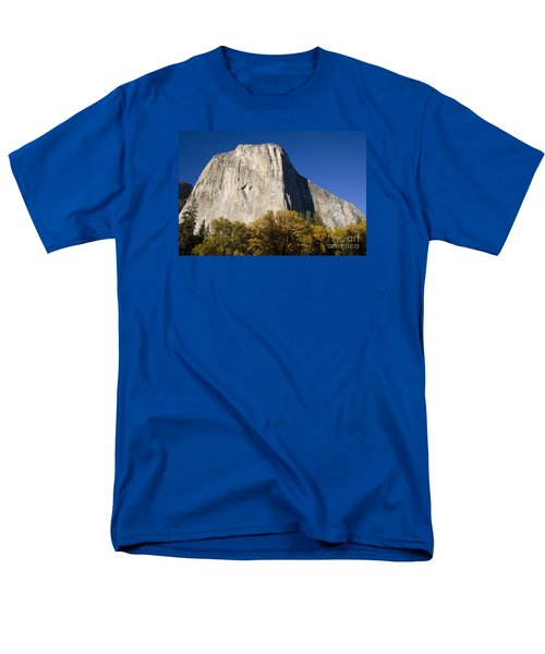 El Capitan In Yosemite National Park Men's T-Shirt  (Regular Fit) by David Millenheft