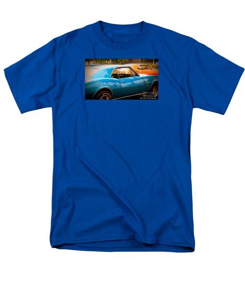 Muscle Men's T-Shirt  (Regular Fit) by Bobbee Rickard