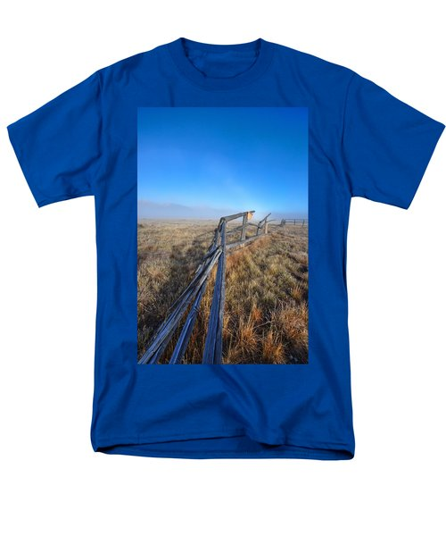 Men's T-Shirt  (Regular Fit) featuring the photograph Pettit Fog by David Andersen