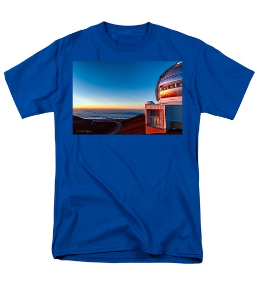 Men's T-Shirt  (Regular Fit) featuring the photograph The Glow Of The Warm Sunset Reflecting Off Of The Gemini 8.1m Op by Jim Thompson
