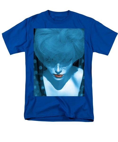 Blue Kiss Men's T-Shirt  (Regular Fit) by David Pantuso