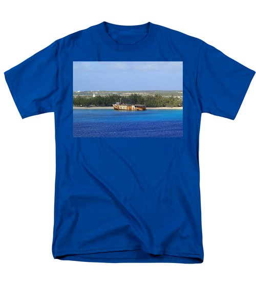 Men's T-Shirt  (Regular Fit) featuring the photograph Abandoned by Lois Lepisto