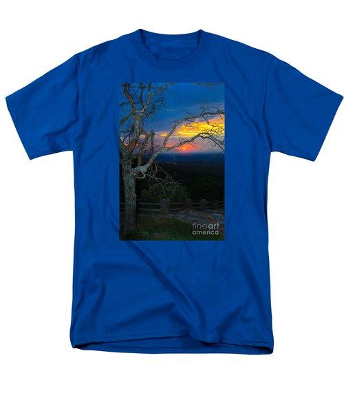 Arkansas Sunset II Men's T-Shirt  (Regular Fit) by John Roberts