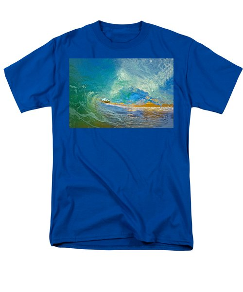 Kaanapali Wave Men's T-Shirt  (Regular Fit) by James Roemmling