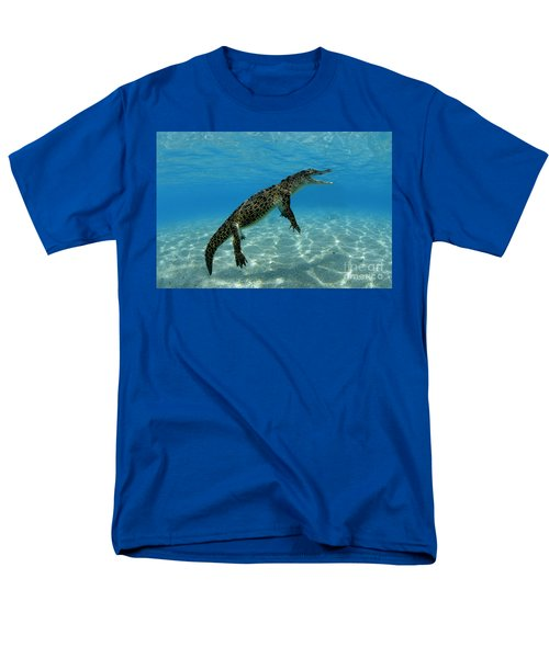 Saltwater Crocodile Men's T-Shirt  (Regular Fit) by Franco Banfi and Photo Researchers