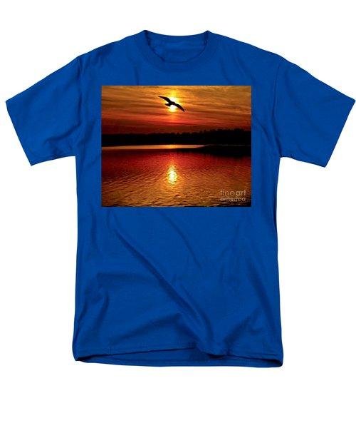 Seagull Homeward Bound Men's T-Shirt  (Regular Fit) by Carol F Austin
