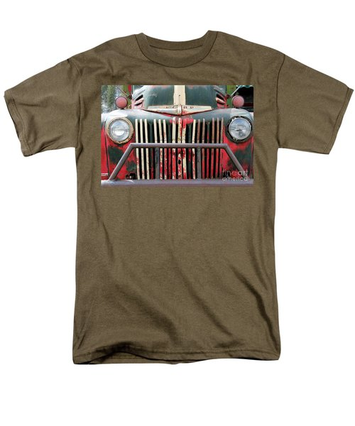 1946 Vintage Ford Truck Men's T-Shirt  (Regular Fit) by Fiona Kennard