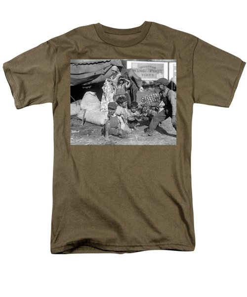 Men's T-Shirt  (Regular Fit) featuring the photograph Gypsies, C1923 by Granger